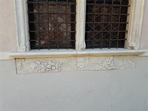 marmi per davanzali soglie e davanzali in marmo realizzati su misura