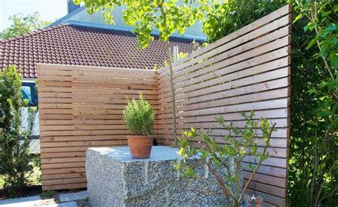 Sichtschutz Holz Modernsichtschutz Im Garten Aus Holz Mit