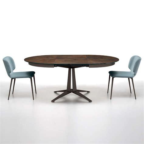 cours de cuisine italienne table design ronde extensible en céramique pied central en