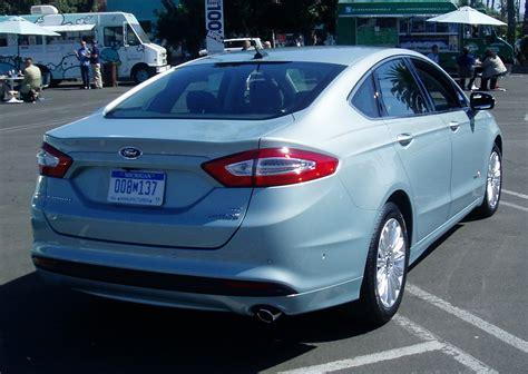 test drive  ford fusion hybrid nikjmilescom