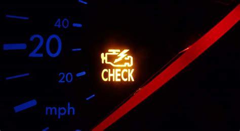check engine la senal de alarma  nunca debes ignorar