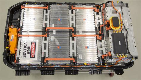 ev battery expert predicts  costs  higher range