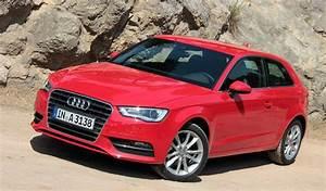 Longueur Audi A3 : audi a3 2012 1 6 tdi 105 ch ~ Medecine-chirurgie-esthetiques.com Avis de Voitures