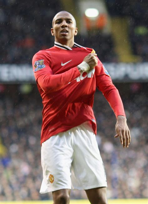 Ashley Young targets win - Official Manchester United ...