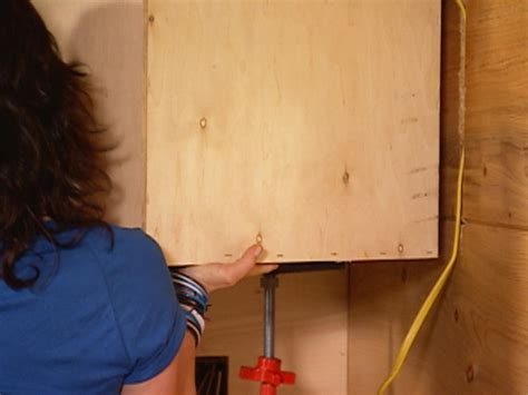 kitchen cabinet jacks how to install kitchen cabinets how tos diy 2567