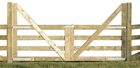 diy wood gate plans  images farm gate wooden