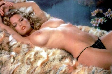 Sandy Cagle Playboy Nude Hairy Pussy View X Jpeg X Sandy Nude Picture Wetred Org