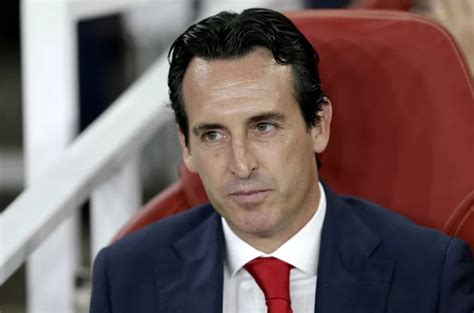 arsenal  bournemouth emery benches ozil  formation