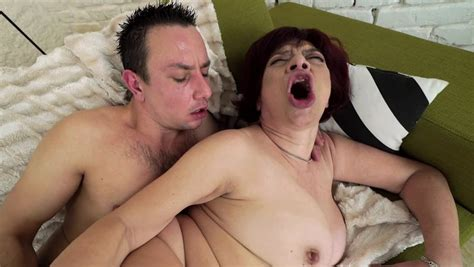 Stunning Mature Enjoys Active Sex With Young Beau Pornid Xxx