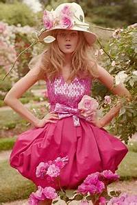Tinkerbelle has a job at Chanel on Pinterest | Tinkerbell ...