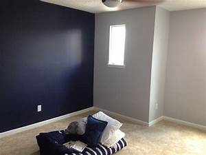 Sherwin Williams Naval with gray screen on opposing wall ...