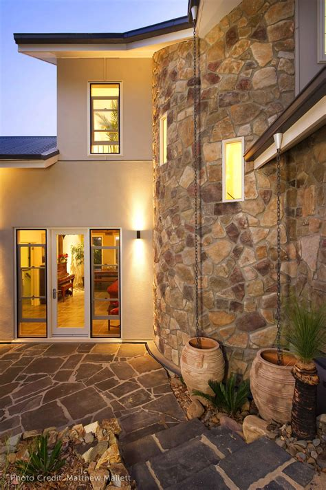 Dressed Fieldstone from Cultured Stone® | Canadian Stone ...