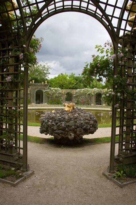 giardini versailles giardini di versailles immagine stock immagine di antico