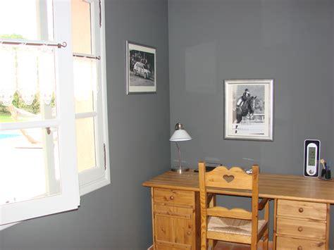 simulateur de chambre revger com couleur chaude pour une chambre idée