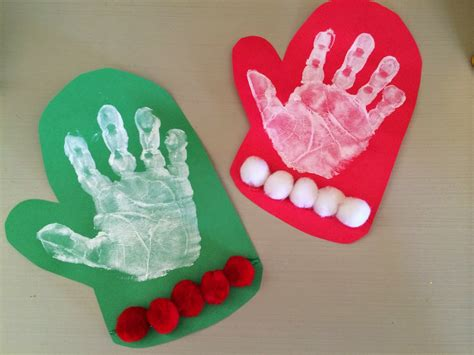 The Chirping Moms Holiday Handprint And Footprint Crafts