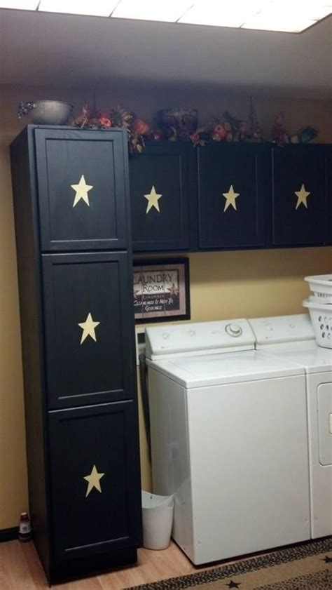 black kitchen cabinets for best 25 country primitive ideas on primitive 7881