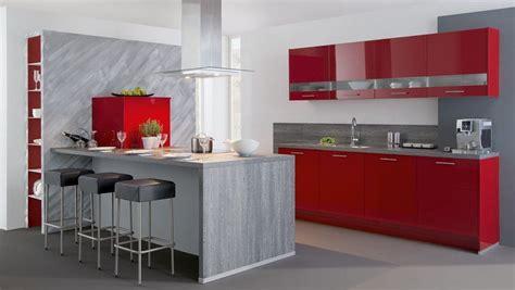 decoracion de cocinas modernas en rojo