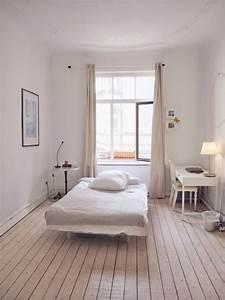 Zimmer In Hannover : wundersch nes kleines wg zimmer in wei mit hellen dielen und wei en m beln wg zimmer in ~ Orissabook.com Haus und Dekorationen