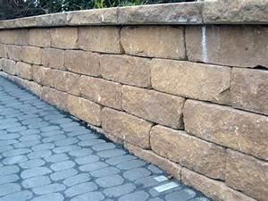 Günstig Mauer Bauen : mauern aus naturstein oder betonstein ~ Whattoseeinmadrid.com Haus und Dekorationen