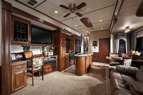 rushmore luxury  wheel trailers  sale