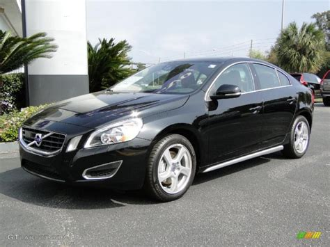 Volvo S60 Photo by Black 2012 Volvo S60 T5 Exterior Photo 46991538