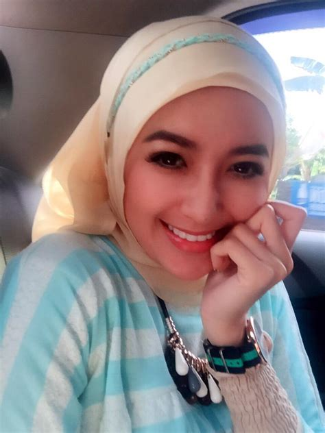 Ngentot Cewek Hijab Cantik