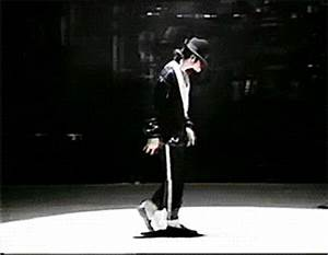 Michael Jackson Moonwalk GIF - Find & Share on GIPHY