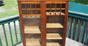 ANTIQUE MISSION ARTS & CRAFTS SIGNED LIFETIME OAK BOOKCASE