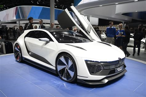 Volkswagen Car : Vw Brings Awesome Golf Gte Sport Concept To Frankfurt