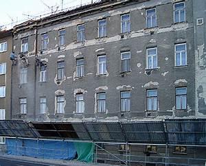 Oprava vstupů výškových budov
