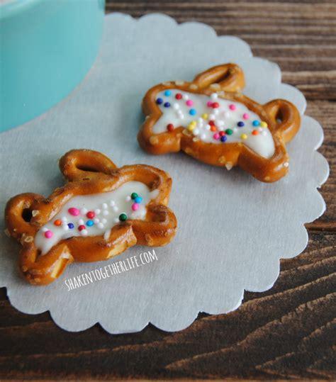 easy adorable easter bunny snacks blonde mom blog