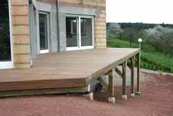 terrasse sur poteaux et poutres guide construction With pose d alarme maison 2 construction et prix dune terrasse sur plot