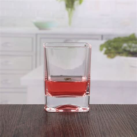 Bicchieri Quadrati by Bicchieri Di Cristallo Quadrato Di Vetro Di Di 10