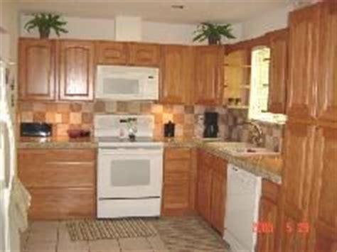 paint kitchen backsplash 78 best images about kitchen on countertops 1366
