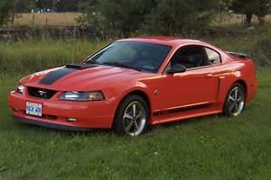 2000 Mach 1 Mustang — Otopan