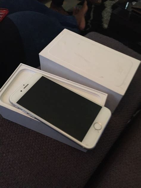 Used Iphone 6 3wks Used Apple Iphone 6 Silver 16gb Very Affordable