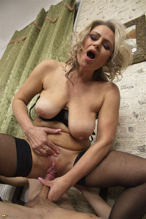 Naughty Mature Porn Pictures 8 Pic Of 60