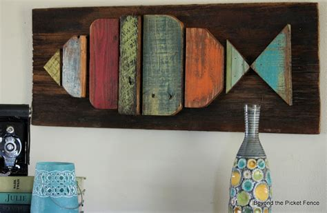 love  great diy fish wall decor    wooden