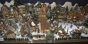 Village De Noel Miniature : no l en mai danielle bonneau d coration ~ Teatrodelosmanantiales.com Idées de Décoration