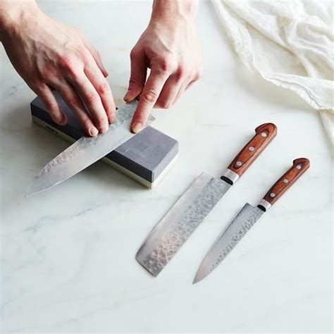 Sharpening Japanese Kitchen Knives by Best 25 Japanese Sharpening Ideas On