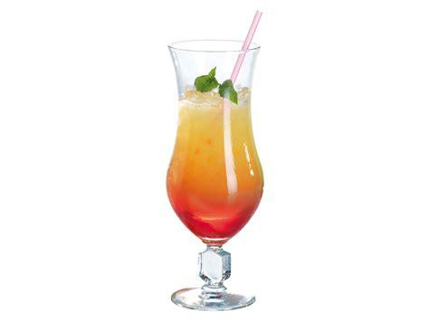 desserte de cuisine verre à cocktail en verre à pied transparent 51 cl set