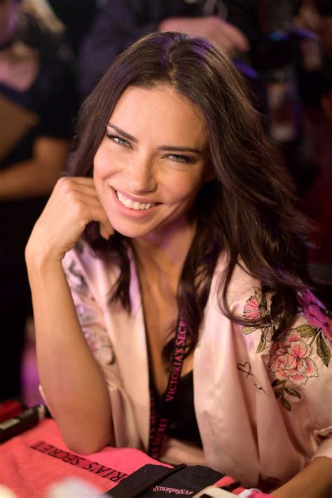 adriana lima victorias secret fashion show backstage