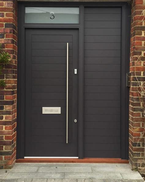 contemporary front door  sidelights london door company