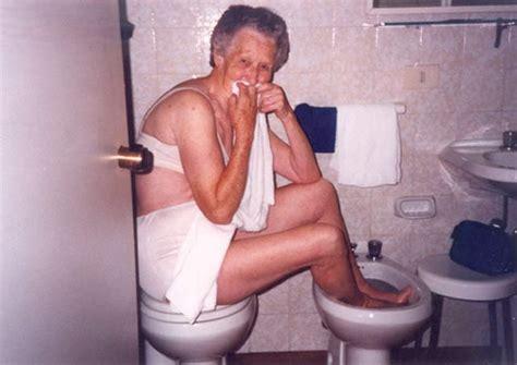 team jimmy joe  bathroom fails    unseen