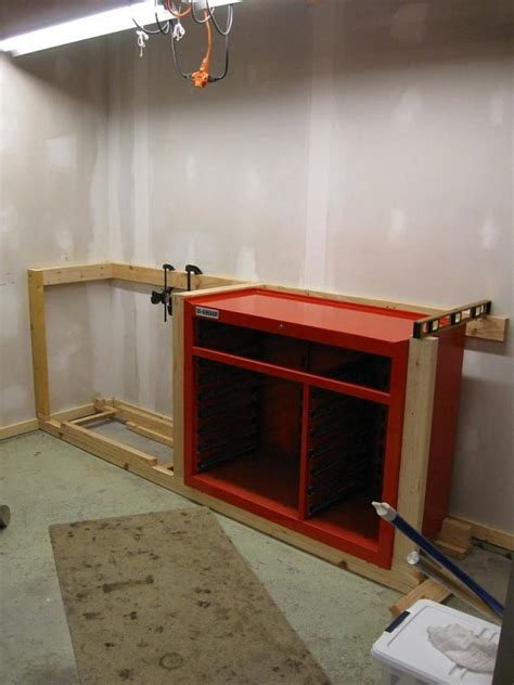Cabinets Garage Journal by Workbench To House 44 Quot Hf Tool Cabinet The Garage