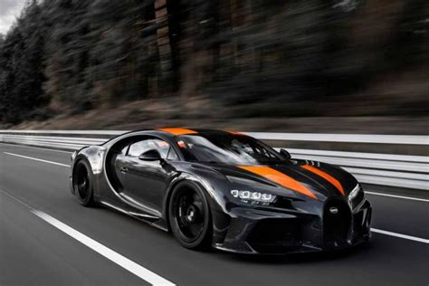 Of course the supercar will not hit a top speed of 300 mph, but it will be limited to only 273 mph. Fiche technique Bugatti Chiron Super Sport 300 2021