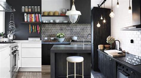 cuisine blanche et bois cuisine noir et blanc 20 idées décoration cuisine noir