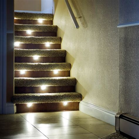 led treppenbeleuchtung innen ideen, treppenbeleuchtung außen led. led streifen wasserdicht, Design ideen