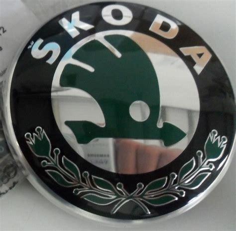 skoda superb emblem logo genuine skoda superb emblem grille tailgate boot skoda badge 3t0853621amel ebay