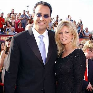 Soon To Be Married Brad Garrett Proves That Age Is Just A ...